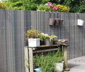 kunststof tuinschermen